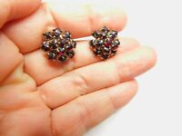 Beautiful Red Prong Set Rhinestone Gold Tone Metal Screw Back Earrings Vintage