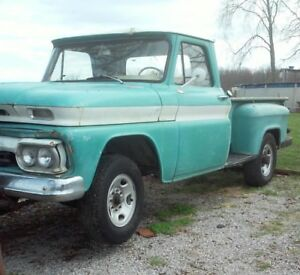 1966 GMC 1500 TRUCK V6 MANUAL FAN WITH SPACER AND BOLTS PROJECT 305 PARTS