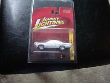 Johnny Lightning 1969 Chevy Impala SS White