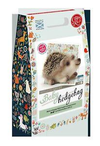 THE CRAFTY KIT COMPANY - BABY HEDGEHOG - NEEDLE FELTING KIT
