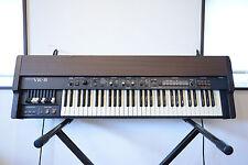 RolandVK-8 Combo Organ Virtual ToneWheel sound w/ gig bag