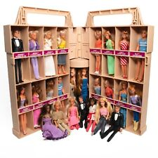 Vintage Kenner Glamour Gals Showplace Case with 25 Dolls Used In Great Condition