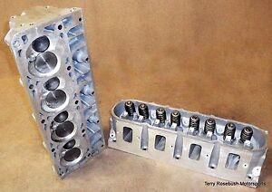 Chevy Perf 12578449 LS7 CNC Alum Cyl Heads, 270cc Intake, 2.20/1.61 Valves