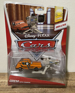 Disney Pixar Cars 2 Grem With Camera Lemons Deluxe Rare!