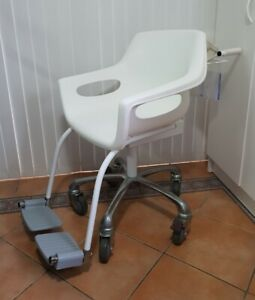 A & D - Digital Weigh Chair / Chair scale in As New condition - Pick up Brisbane