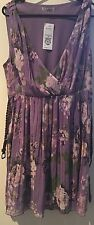 Target Hot Options Brand Womens Size 14 Pleated Floral Dress With Belt