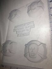 SKULL CROSSBONES COOKIE MOLD CLEAR PLASTIC CHOCOLATE CANDY MOLD H177
