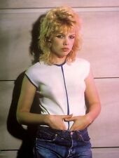 Kim Wilde UNSIGNED photo - 8650 - SEXY!!!!!
