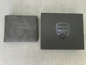 Arsenal Bifold Embossed Crest Wallet Black with Box