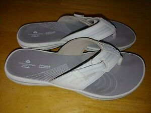 CLARKS CLOUDSTEPPERS CUSHION SOFT THONG SANDALS-7N-BARELY WORN-NICE-COMFY