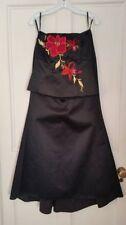 Robes de demoiselle d'honneur noirs en polyester