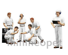 TSM 12AC10 F1 PIT CREW FIGURINES CLASSIC STYLE WHITE FOR 1/18 MODEL CAR