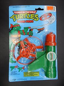 1988 Teenage Mutant Ninja Turtles FLYING PROPS pistol raygun helicopter toy TMNT