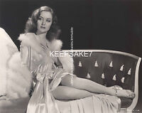 TALL AND GORGEOUS BARBARA SLATER LEGGY IN A NEGLIGEE 1941 8x10 PHOTO A-BSLAT