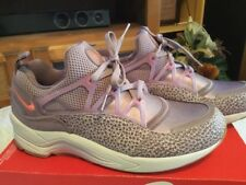 "WMNS Size 11 2016 Nike Air Huarache Light PRM ""Safari Purple"" Plum 819011-500"