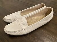 SAS Ladies Shoes Slip on Loafers Comfort White Leather Size 9.5