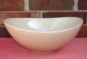 Red Wing USA Centerpiece Floral Arrangement Fruit Display Tan Speckled Bowl