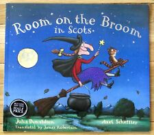 ROOM ON THE BROOM in SCOTS Julia Donaldson & Axel Scheffler LK NEW L1