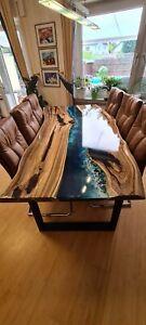 Esstisch Nussbaum ( Epoxidharz), ohne Stühle - inkl. Gestell