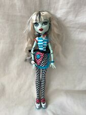 Monster High Doll Frankie Stein Classroom Home Ick Apron Bracelets Earrings