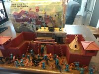 Vintage MARX Fort Apache Heritage Toy Play Set w/ BOX