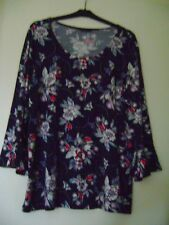 M&CO navy /pink floral pattern scoop neck 3/4 bell sleeve top size 14-16