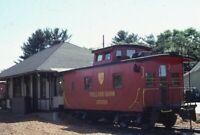 D&H DELAWARE AND HUDSON Railroad Caboose TOLLAND CT? Bank Original Photo Slide 2