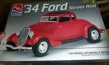 AMT 1934 FORD COUPE STREET ROD Model Car Mountain KIT FS 1/25 6686