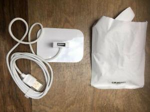ipod shuffle 1st generation dock - Opened but never used.