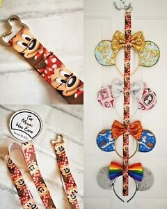 Display Lanyard for up to 4 pairs of park ears Disney Minnie Mouse face