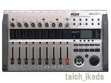 Zoom R24 Simultaneous Multitrack Drum Machine Recorder Interface Controller