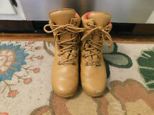 Vtg RARE Space Puffy Tan leather Red Fleece Lining Original Cougar boots Canada