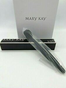 MARY KAY BLENDING BRUSH~NIB~OVAL SHAPED~HELPS PROVIDE A PERFECT FINISH!!!