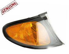 BMW 2002-2005 3-Series E46 4-DOOR Genuine Amber Corner Light Parking Lamp