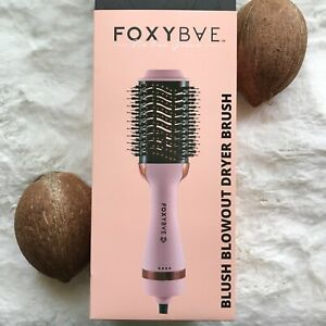 Foxybae - BLUSH PINK Blowout Dryer Brush NWT