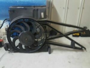 HOLDEN VECTRA 2001 A/C JR JS CONDENSER THERMO FAN GENUINE