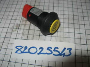 82025543- CNH TRACTOR SWITCH