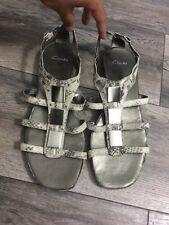 Clarks Ladies Flat Sandals Size 8 D