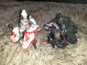 PAPO/ELC MOUNTED KNIGHTS ASSORTMENT