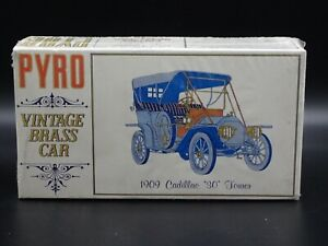"1909 CADILLAC ""30"" TOURER PYRO 1:32 SCALE VINTAGE SEALED PLASTIC MODEL KIT"