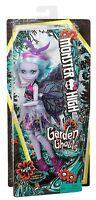 Mattel FCV53 Monster High Twyla Doll Garden Monster Girlfriend with Wings, New