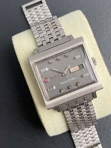 VINTAGE RADO MANHATTAN Square Case Automatic Man's Watch 1960-70's