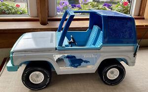 """Vintage Tonka Jeep Blue Bronco Barbie Pressed Steel 4x4  17"""" Open Top W/ Ponies"""