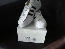 MENS ADIDAS ORIGINALS SUPERSTAR TRAINERS/SNEEKERS SIZE 9 EU43 BRAND NEW STUNNING