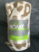 "HOUSE TO HOME LIGHT LEOPARD PRINT LIGHTWEIGHT THROW BLANKET 50"" x 60"" BRAND NEW"