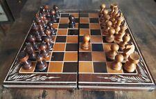Schachspiel, Dame und Backgammon in einem