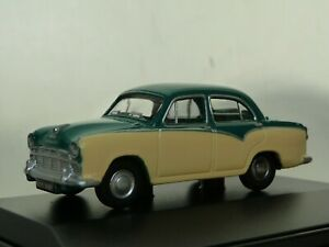 Oxford Diecast 76MO001 Morris Oxford Sage Cream & Cream