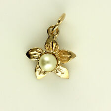 9ct Rose Gold Welsh Design Daffodil Pendant with Pearl (optional Gold Chain)
