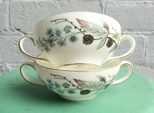 PAIR OF VINTAGE WEDGWOOD SPRING MORNING HANDLED SOUP BOWLS MADE IN ENGLAND
