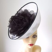 WHITE & BLACK UPTURNED FEATURE FASCINATOR IDEAL FOR ASCOT NO RETURN OR REFUND